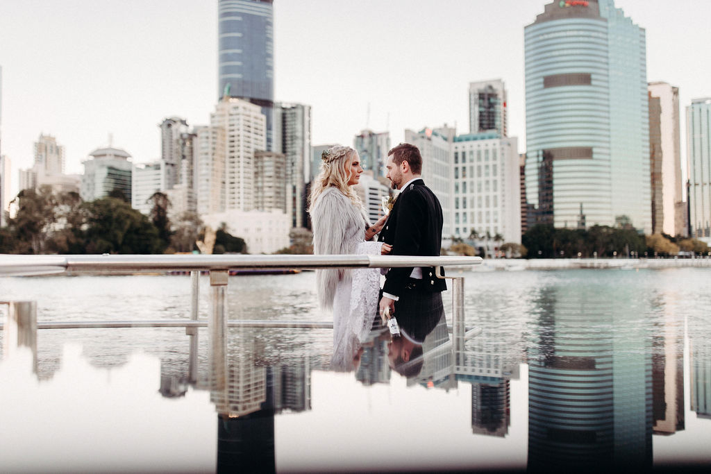 Bride and Groom City View Riverlife